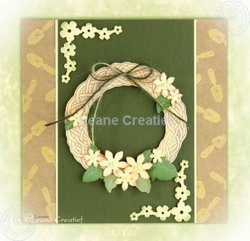 Afbeeldingen van Whreath with flowers